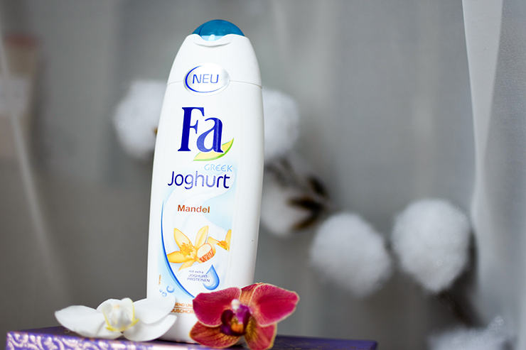 Fa Greek Joghurt Mandel